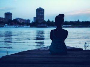 Cómo dejar de escuchar a la voz negativa en tu cabeza